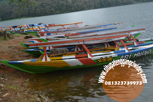 Perahu di Situpatenggang Ciwidey Mei 2018 | www.situpatenggangciwidey.com