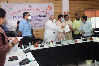 स्वच्छता में अव्वल आने वाली ग्राम पंचायत को सांसद निधि से 11 लाख रुपये का पुरस्कार दिया जायेगा - सांसद श्री फिरोजिया