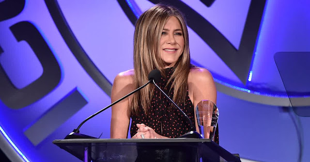 Jennifer Aniston Admits She Wants To Be In Love Again But Not Through Dating Apps