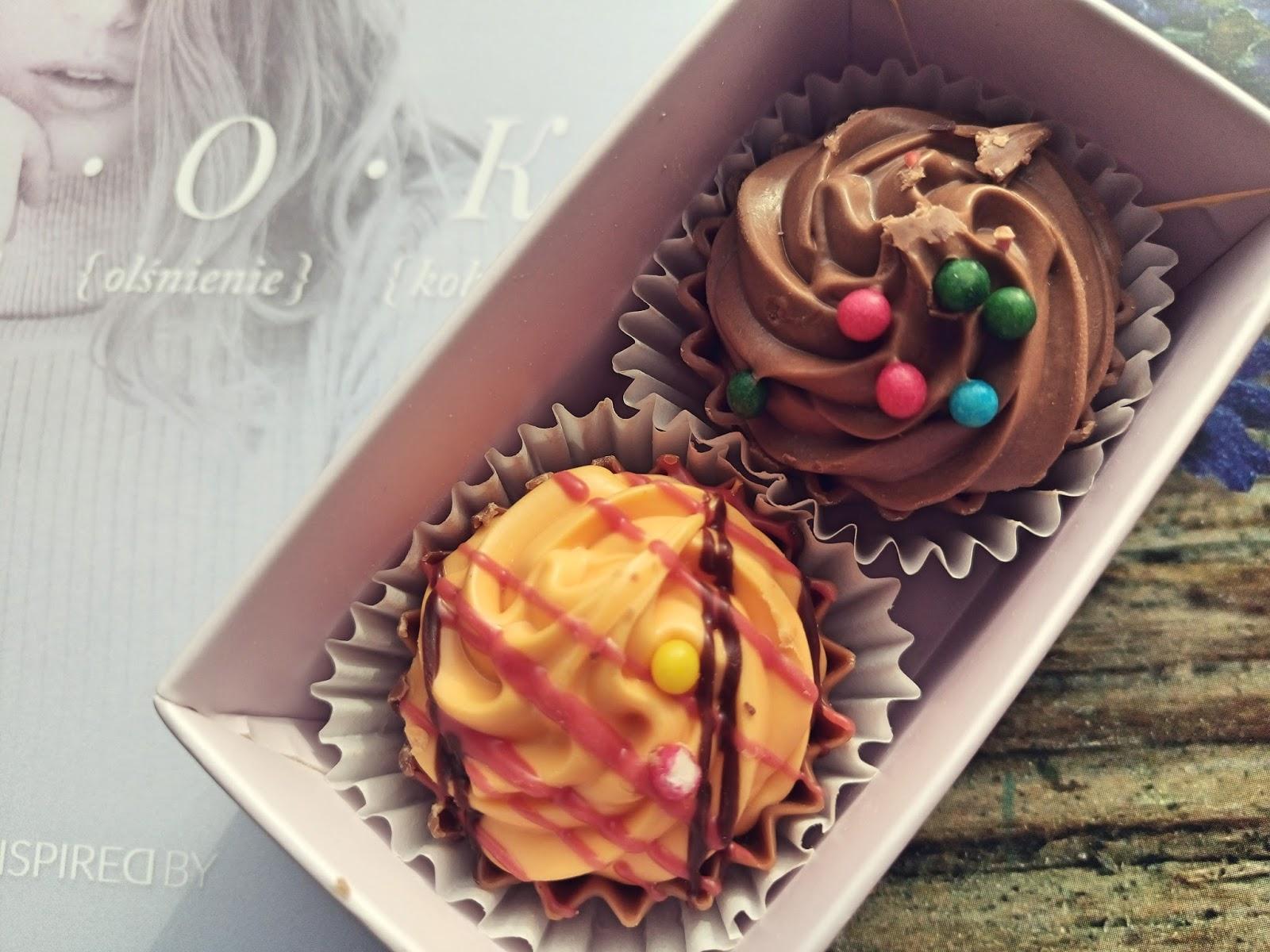 Chocolissimo Pralinki 2 Cup Cakes Pudełko U.R.O.K Edycja XXI Inspiredby