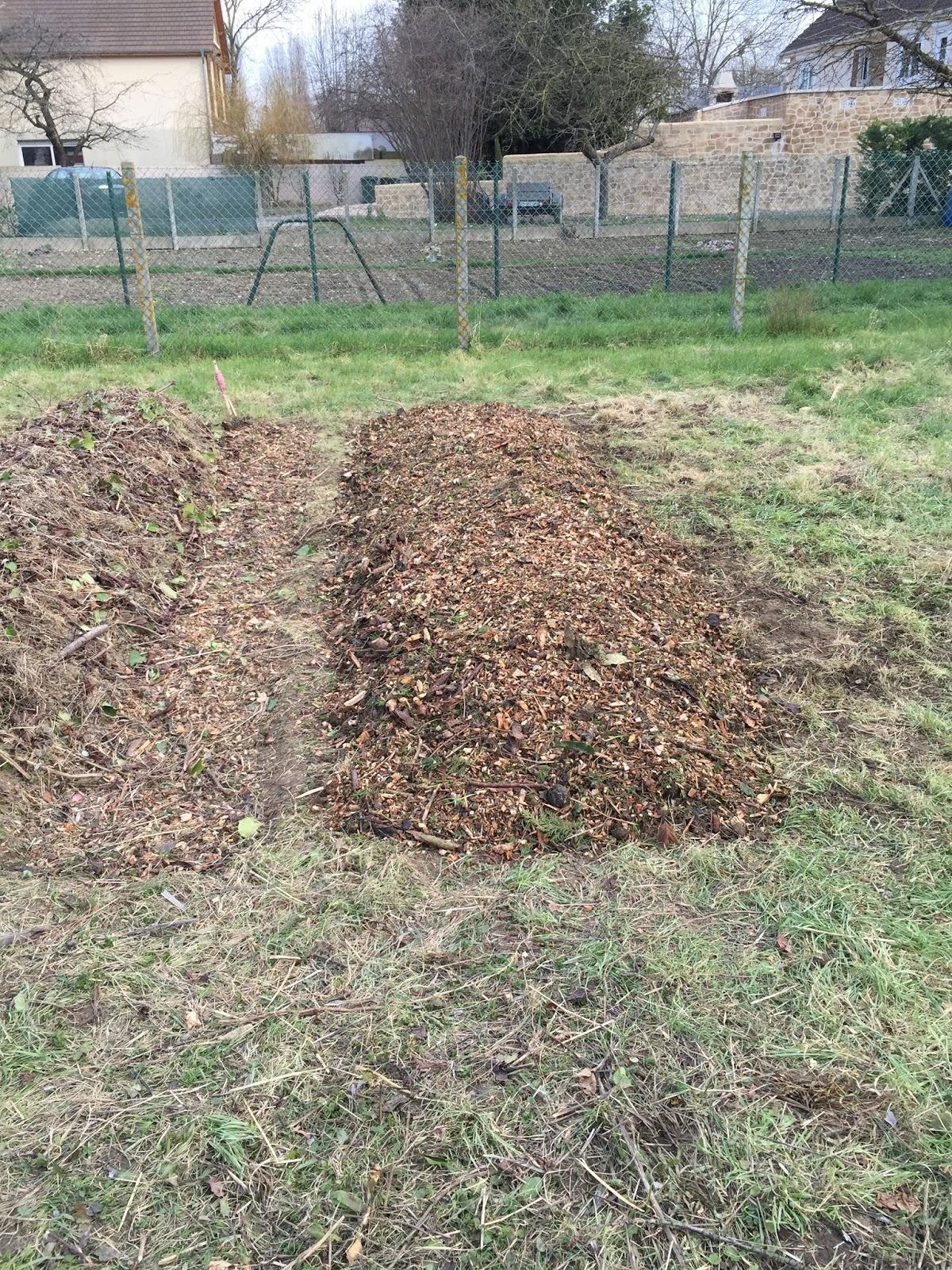 Permaculture la clamartoise for Creer une butte permaculture