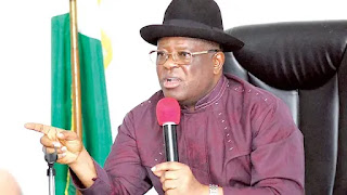 Insecurity: Umahi orders all native doctors to register with govt, police