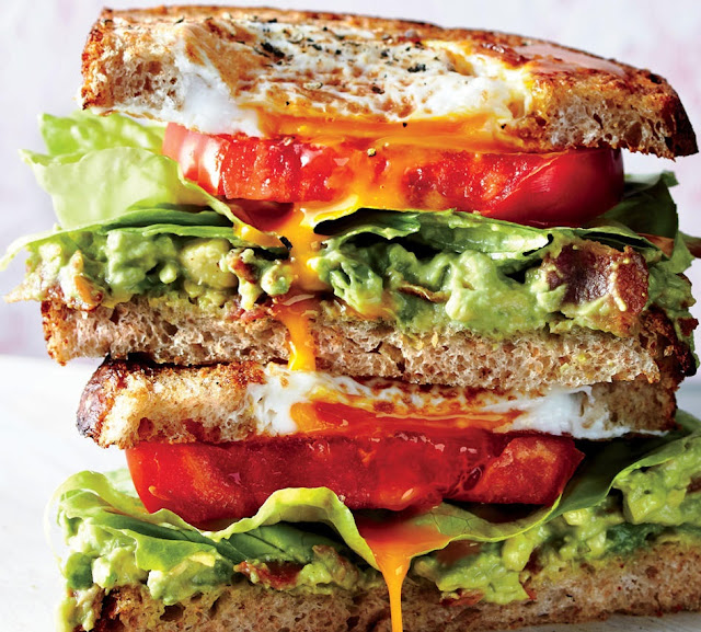 How to Make Egg in a Nest BLT Sandwiches