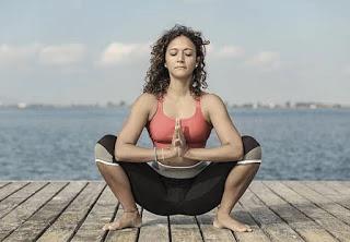 Health Benefits Of Malasana Yoga - मलासन के स्वास्थ लाभ