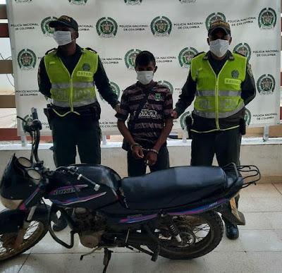 hoyennoticia.com, En Manaure andaba en una moto robada en Riohacha