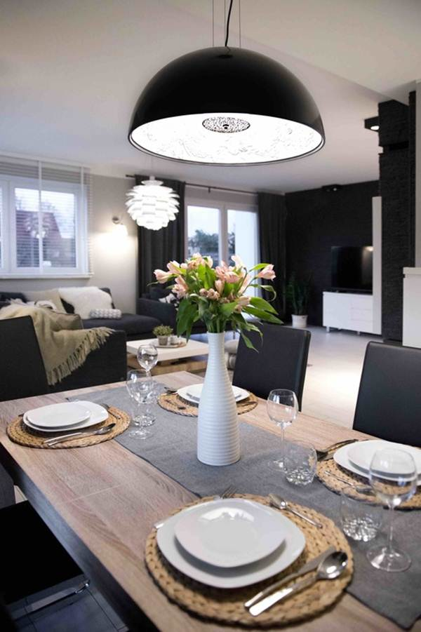 Black and White Decor For a Multifunction Environment 6