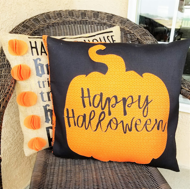 Fall pillow covers with applique