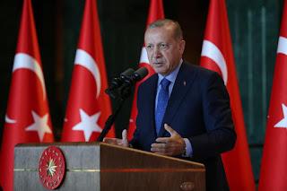 أردوغان يتعهد باتخاذ إجراءات ضد الإرهابيين الاقتصاديين بسبب انخفاض الليرة