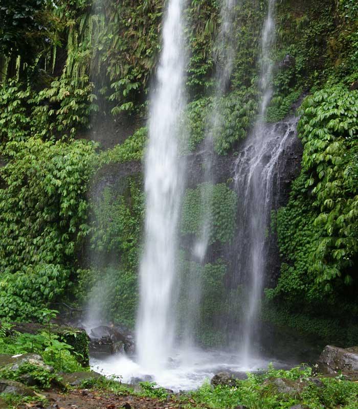 Fasilitas Sendang Gile Waterfall
