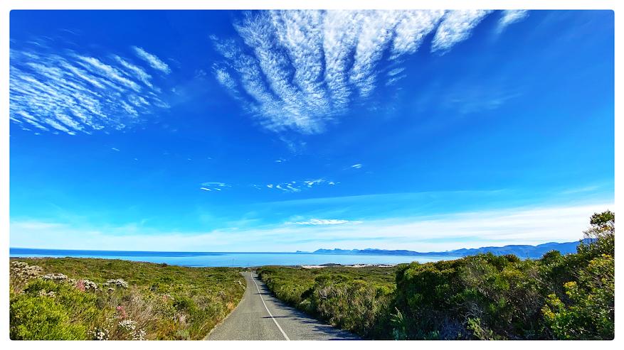 Bodhi Khaya Retreat, Gaansbaai, Grootbos Nature Reserve, Walker Bay Nature Reserve, Klipgat Caves, Danger Point, Danger Point Lighthouse, Klienbaai,