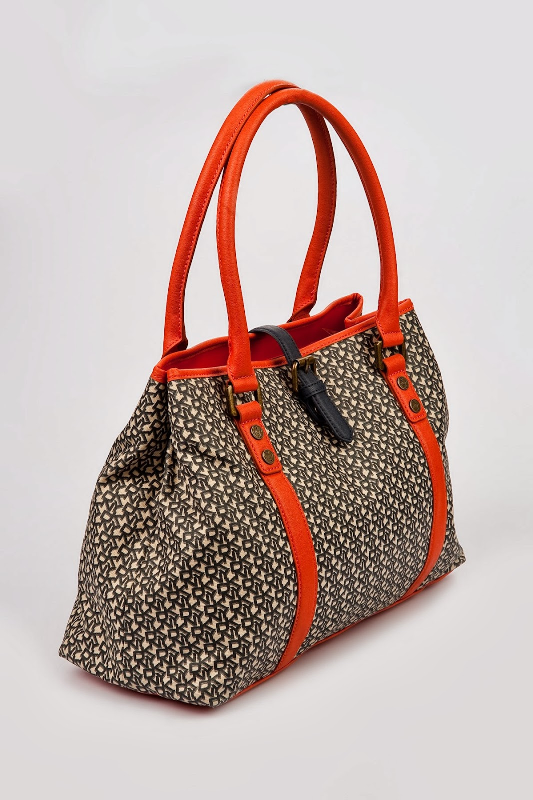 Bag At You Fashion Blog Hip E Bags White Backpack: DKNY Spring Summer 2014 Handbags Models,KNY Bags,DKNY