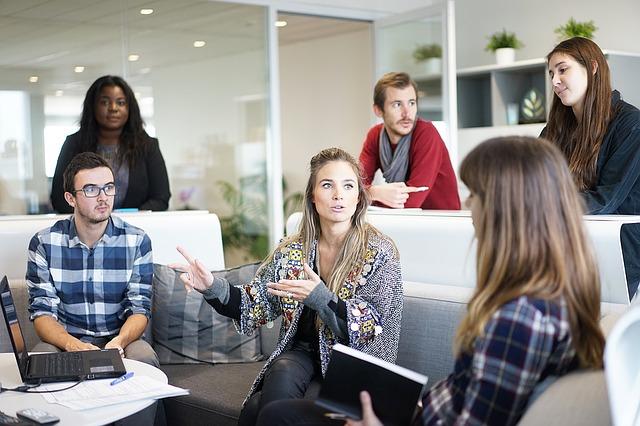 Kalabalık ve yoğun ofisler için bireysel yaşam alanı nasıl oluşturulur.