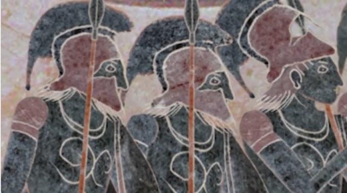 Έλληνες οπλίτες σε πόλεμο...