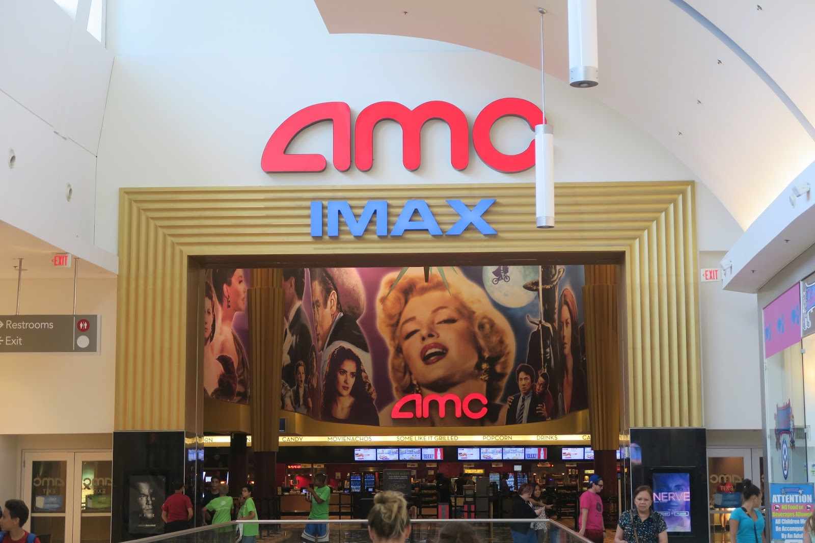 Garden State Plaza Theater Interactive Gaming Comes To