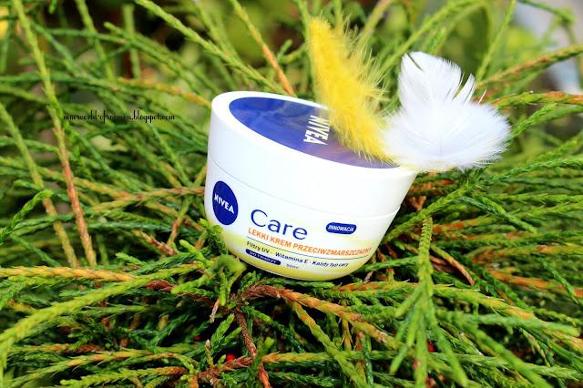 NIVEA Care, lekki krem przeciwzmarszczkowy