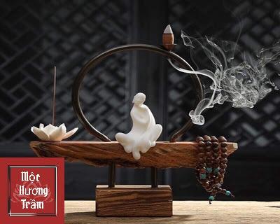 Cách sử dụng trầm hương để xua tà khí, chiêu tài dẫn lộc