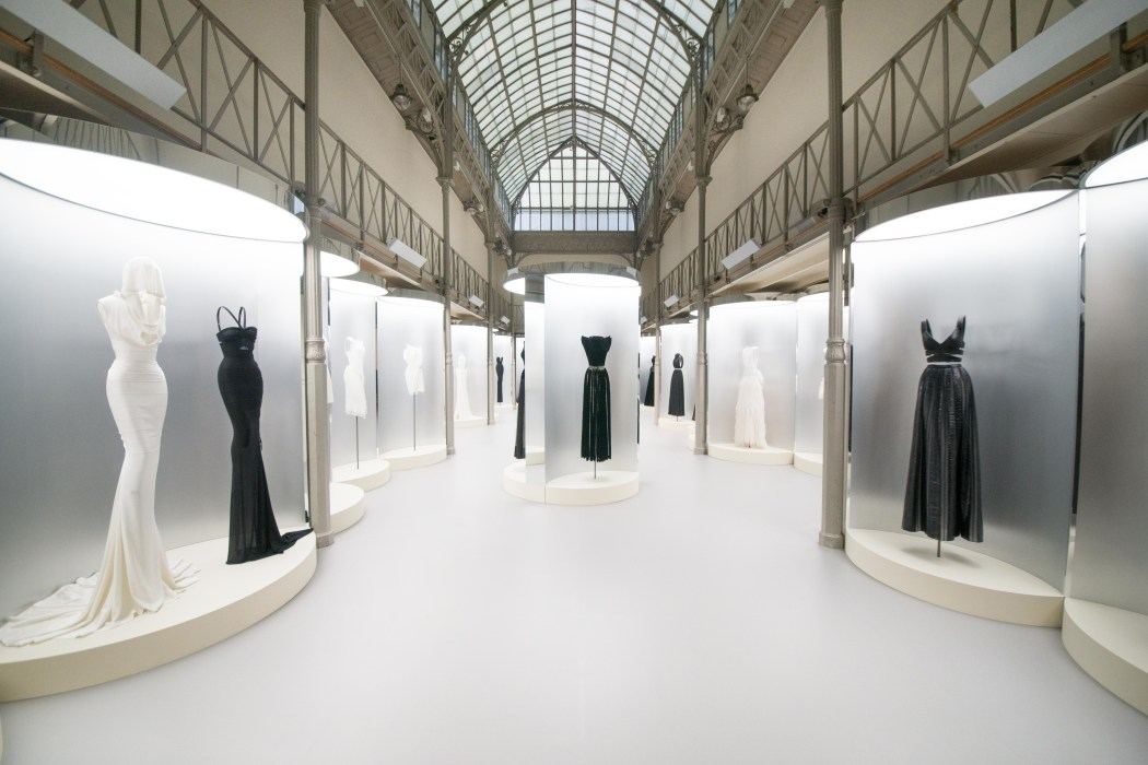 exposition Azzedine Alaïa rue de la verrerie paris mode