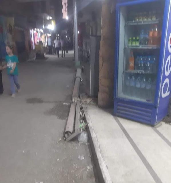 شكوي من ترك عمود إنارة على الارض بشارع جراج الاتوبيس الجديد بحي غرب سوهاج