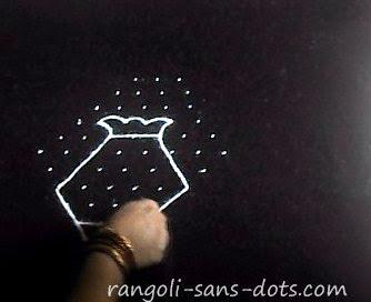 panaai-kolam-for-Pongal-2.jpg