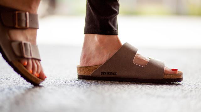 5 Tips Memilih Sandal yang Nyaman dan Aman untuk Alas Kaki Anda