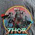"""Arte promocional de """"Thor: Amor e Trovão"""" revela o primeiro vislumbre da Poderosa Thor de Jane Foster"""