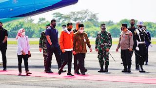 Kapolda Jateng, Pangdam IV Diponegoro Dan Gubenur Jateng, Sambut Presiden Jokowi Di Purbalingga