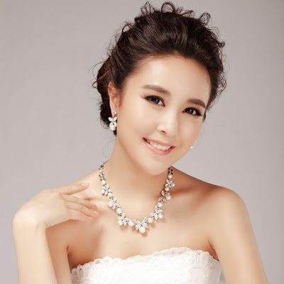 Pearl-Necklace-and-Bracelet