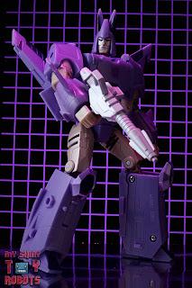 Transformers Kingdom Cyclonus 02