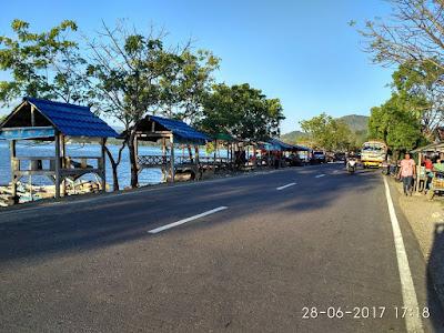 Pantai Lawata