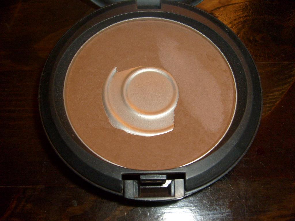 Bekk S Beauty Blurbs Mac Matte Bronze Bronzing Powder