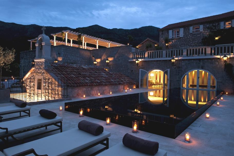 passion for luxury aman sveti stefan resort montenegro. Black Bedroom Furniture Sets. Home Design Ideas