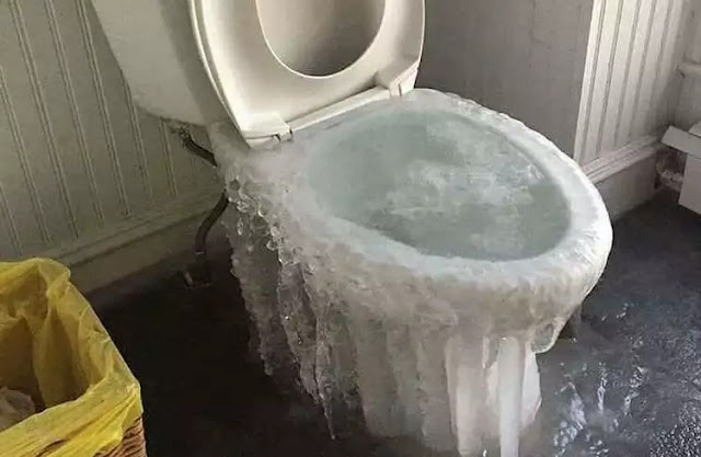 Dream of toilet overflowing