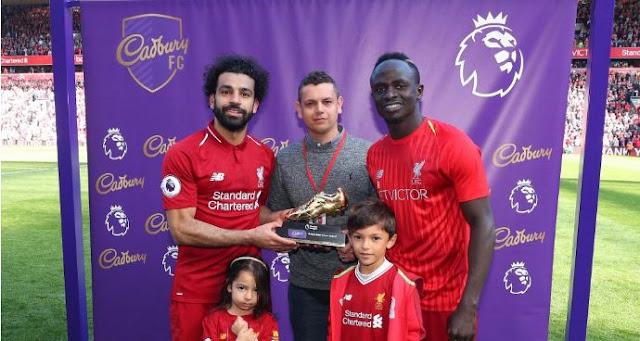 Pemain Muslim Mohamed Salah dan Sadio Mane (Liverpool)