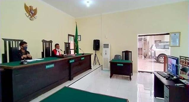 Situasi ruang sidang teleconference