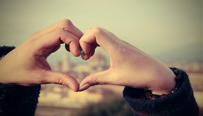 كلام حب قوي أجمل كلام حب رومانسي قصير