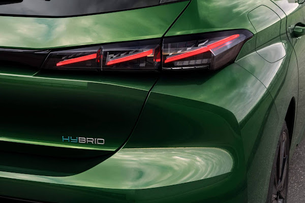 Novo Peugeot 308 2022 - lanterna