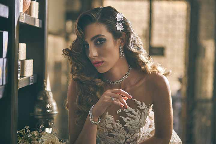 peinado de novia con rizos 2020