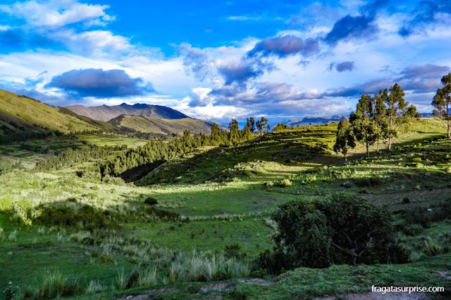 Montanhas nos arredores de Cusco, Peru