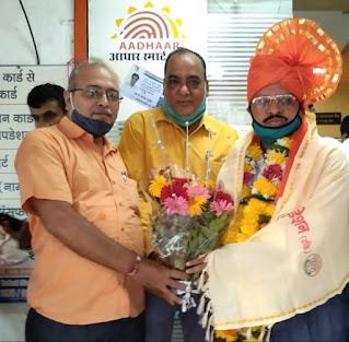 #JaunpurLive :  समरस फाउंडेशन ने मदन सिंह के जन्मदिन पर किया सम्मान