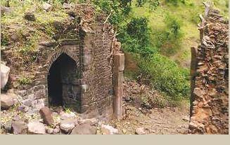 Lohani Darwaza In Mandu