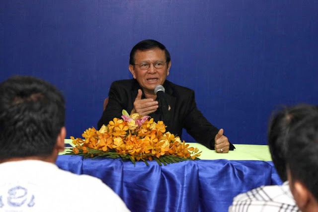 Deputy CNRP leader Kem Sokha talks to supporters at the party's headquarters in Phnom Penh earlier this month. Photo supplied