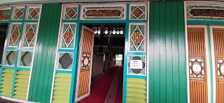 dinding dan jendela masjid sultan suriansyah banjarmasin