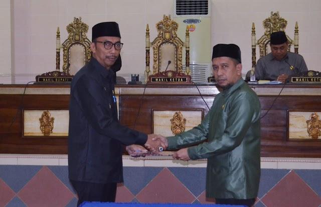 Dua Perda Perubahan Ditetapkan di DPRD Kabupaten Wajo
