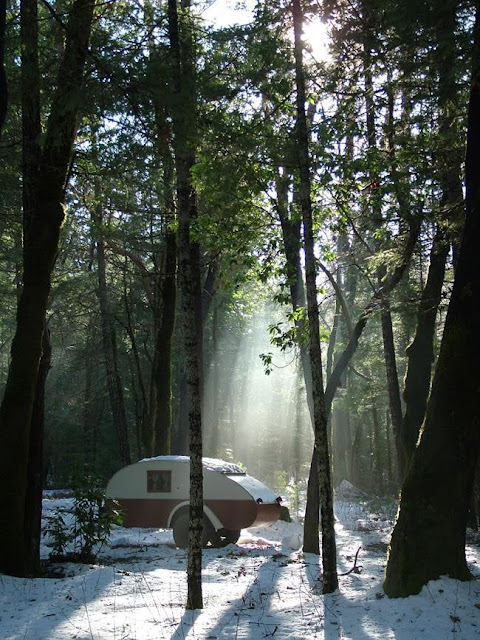 tiny teardrop trailer camping, Oregon