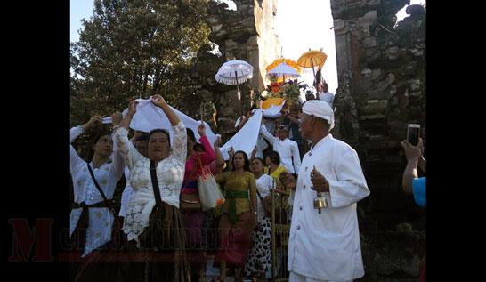 Kondisi di Pura Mandagiri Semeru Agung