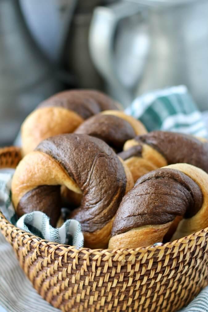 Marbled Rye Bagels