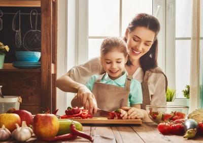 Tips Memilih Cemilan Bergizi dan Sehat untuk Anak