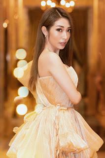 Đỗ Mỹ Linh, Lương Thùy Linh diện áo dài trắng, ai đẹp hơn ai?