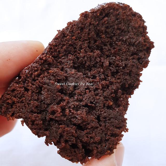 Bizcocho de almendra y algarroba sin gluten