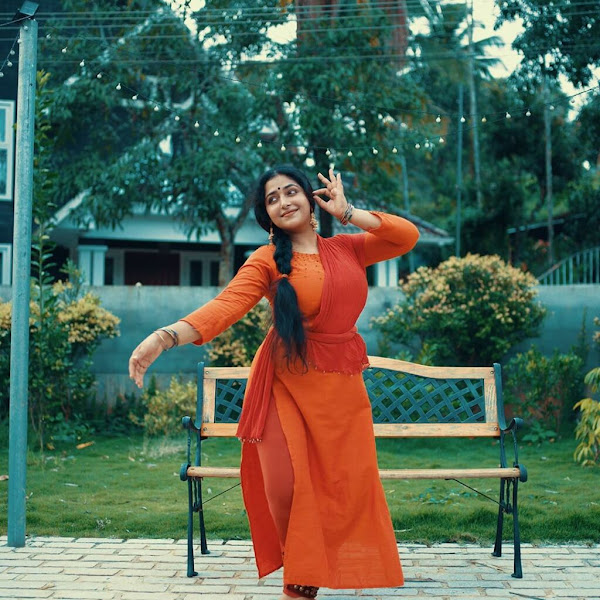 Malayalam actress Anu Sithara latest photos